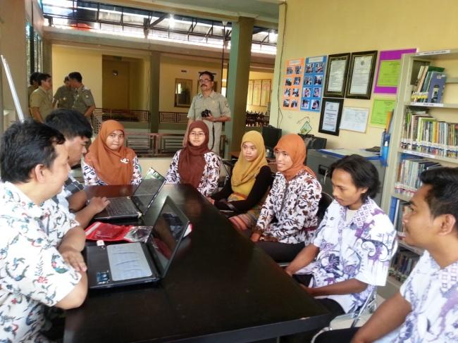 Kunjungan ke Komunitas Majasari  18 Maret 2014